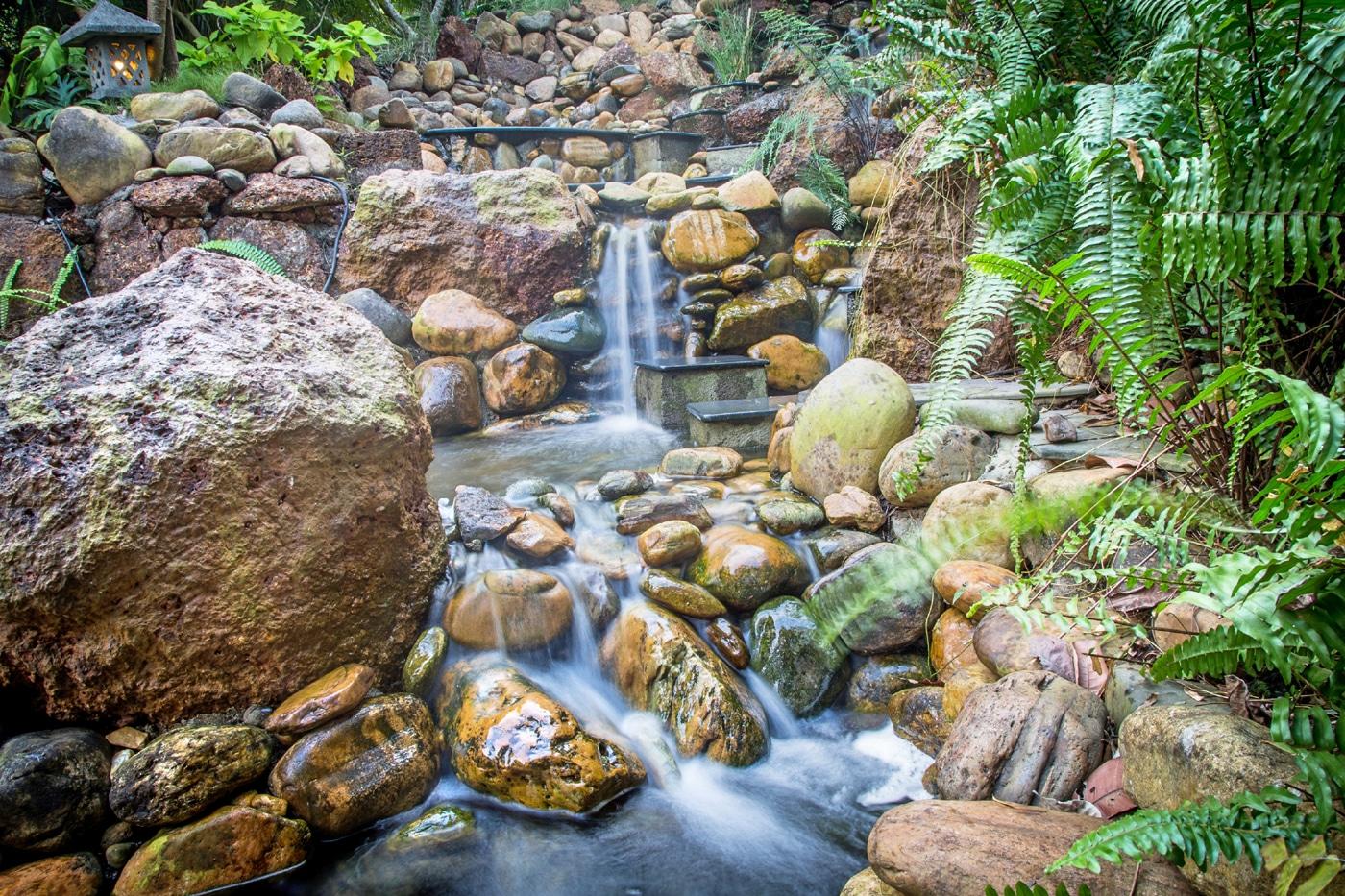 Summertime_waterfall_1