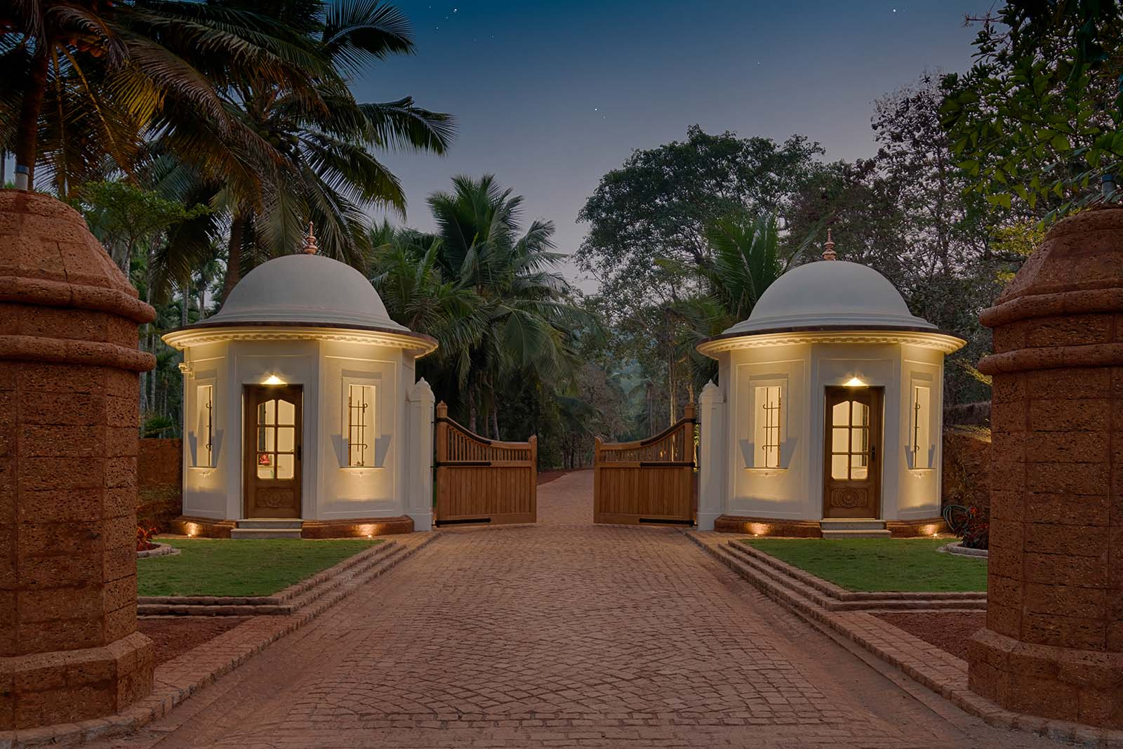 Kahani Paradise Estate